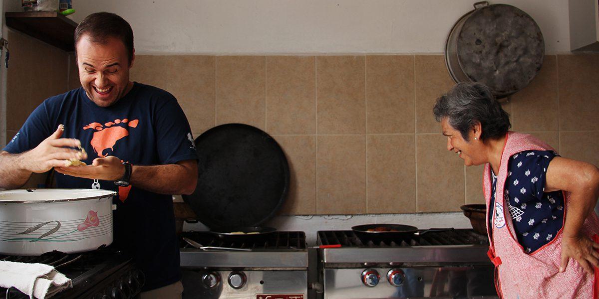 Luis, jesuita en formación, en el Refugio Bojay, Hildago, México.